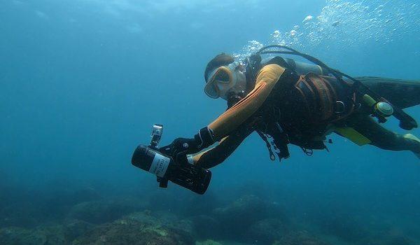 水中スクーターS1と講習と 静岡市のダイビングショップフリースタイルです。